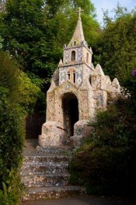 Little_Chapel_Les_Vauxbelets_Guernsey._Additional_credit_Visit_Guernsey_VisitBritain__Britain_on_View.jpg