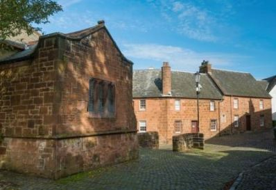 burns_house_mauchline_2019_02-1_-_Copy_c_VisitScotland_-_Kenny_Lam.jpg