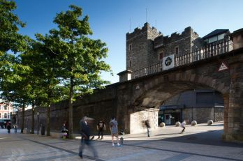 16677_City_Walls_Londonderry.jpg