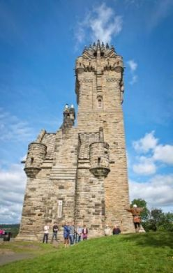 Wallace_Monument_c_VisitScotland_Kenny_Lam.jpg