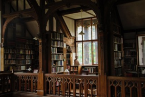Gladstones_Library_1.png