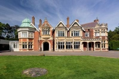 MansionImage_by_Will_Amlot_courtesy_of_Bletchley_Park_Trust_-_Copy.jpg